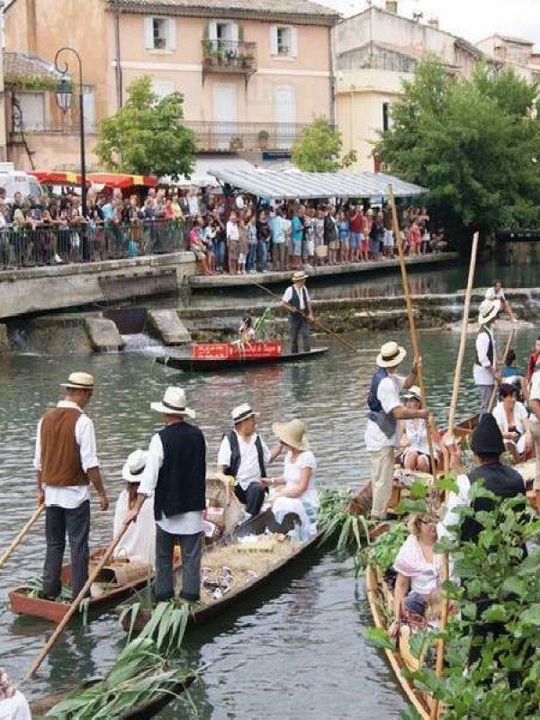 L-isle-sur-la-sorgue - Visit Provence