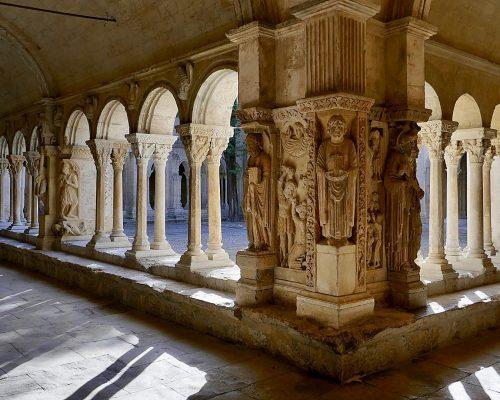 st-trophime Arles - Visit Provence France